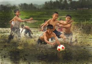 PhotoVivo Merit Award - Chee Keong Lim (Malaysia)Muddy  Football
