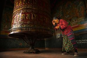 PhotoVivo Merit Award - Handi Laksono (Indonesia)Deep Devotion