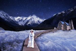 RPS Gold Medal - Raymond Liang (Australia)Walking At Night