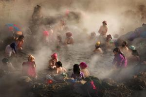 PhotoVivo Merit Award - Tracy Shuxi Feng (USA)Soothing In The Hot Spring