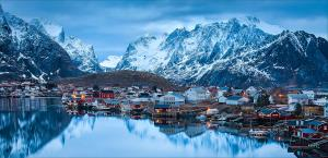 PhotoVivo Silver Medal - Dany Chan (Canada)Quaint Norwegian Town By The Sea