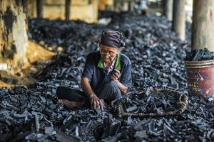 PSPC Merit Award - Kah Meng Lek (Malaysia)Charcoal Worker