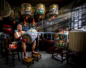 PSPC Silver Medal - Siew Thong Chu (Malaysia)Traditional Lantern Maker