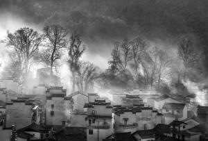 PhotoVivo Gold Medal - Claudia Xiaoli Lee (Taiwan)Misty Morn Bw