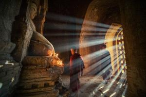IUP Honor Mention - Yichao Chen (China)  Pray