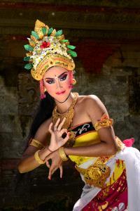 PhotoVivo Honor Mention - Roger Khoo (Singapore)  Bali Legong