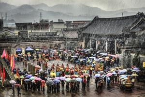 PhotoVivo Honor Mention - Weiliang Yuan (China)  Rain Or Shine