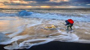PhotoVivo Honor Mention e-certificate - H.W. Chan (Hong Kong)  Icelandic Photographer
