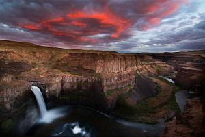 ICPE Honor Mention e-certificate - Philip Chan (Canada)  Palouse Falls Sunset